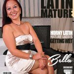 Mature.nl presents Bella (41) in Latin housewife Bella fingering herself – 20.12.2017
