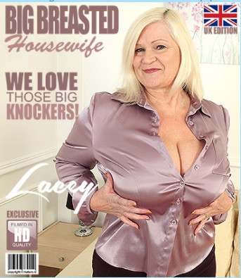 1_Mature.nl_presents_Lacey__EU___58__in_British_big_breasted_housewife_Lacey_playing_with_herself_-_02.12.2017.jpg