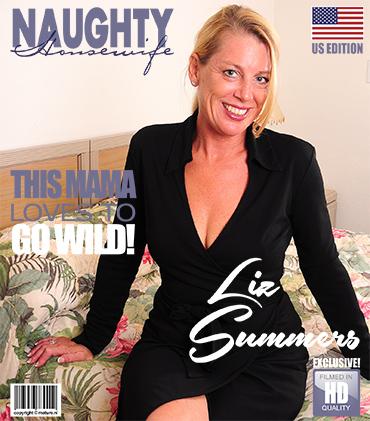 1_Mature.nl_presents_Liz_Summers__52__in_American_housewife_Liz_fingering_herself_-_15.12.2017.jpg