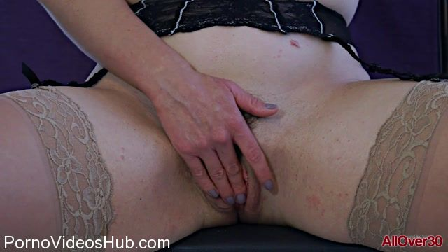 Allover30_presents_Lucy_Love_31_years_old_Mature_Pleasure_-_25.12.2017.mp4.00011.jpg