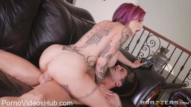 Watch Online Porn – Brazzers – MommyGotBoobs presents Anna Bell Peaks in Putting Her Feet Up – 04.12.2017 (MP4, SD, 854×480)