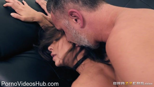 Watch Online Porn – Brazzers – PornStarsLikeItBig presents Madison Ivy in Porn Star Sex Tips – 11.12.2017 (MP4, SD, 854×480)