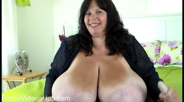 Watch Online Porn – Clips4Sale presents Suzie Q aka Suzie 44K in Little Dicks Make Me Laugh (MP4, HD, 1280×720)