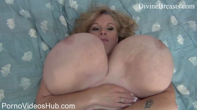 Watch Online Porn – Clips4Sale presents Suzie Q aka Suzie 44K in Suzie Giant Jiggling Whoppers (MP4, HD, 1280×720)