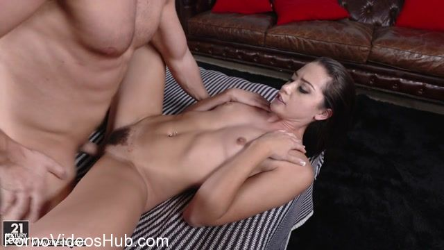 Watch Online Porn – ClubSandy presents Avi Love in Hard Candy – 31.12.2017 (MP4, HD, 1280×720)
