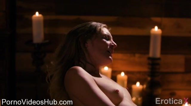 Watch Online Porn – EroticaX presents Mona Wales in Burning Love – 06.12.2017 (MP4, SD, 720×400)