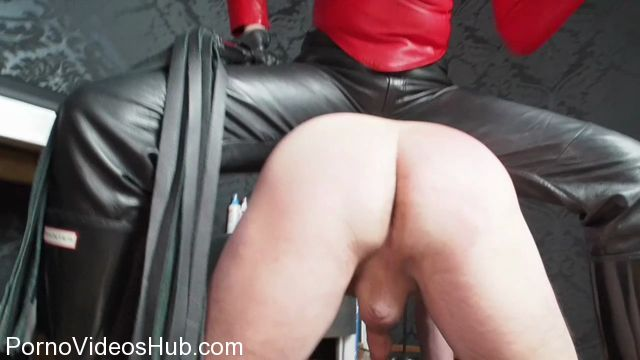 Watch Online Porn – GERMAN FEMDOM presents Lady Victoria Valente in Whipping in wellingtons boots! When the Made is too late… (MP4, HD, 1280×720)