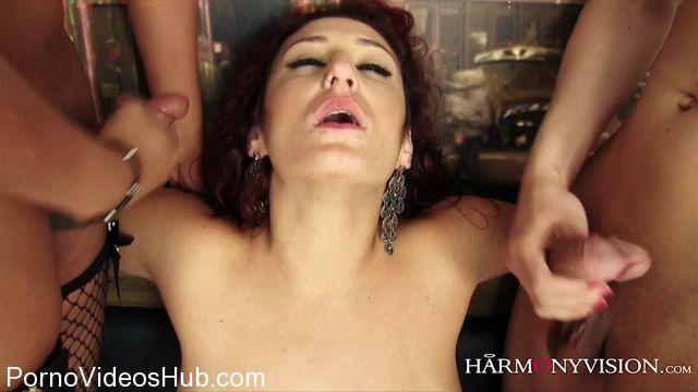 Harmony_Shemales_presents_Kelly_Alessandra_Gabriella_3_Beauties_2_Cocks1.mp4.00015.jpg