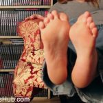Julie Simone in Stinky Feet JOI