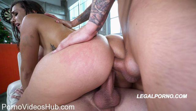 Watch Online Porn – LegalPorno presents Fat Ass Booty Kelsi Monroe taking a DP first time on LP !!! BALLS DEEP DP GAPES A2P AA004 – 30.12.2017 (MP4, SD, 848×480)