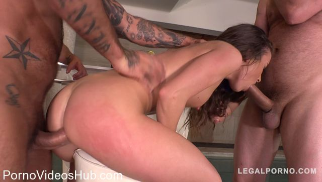 LegalPorno_presents_Poolside_Nympho_Anita_Bellini_meets_3_Big_Dicked_Stallions_for_Balls_Deep_DP_FS001_-_23.12.2017.mp4.00007.jpg