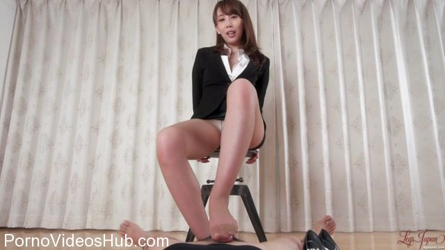 LegsJapan_presents_Aya_Kisaki_in_Office_Girl_Pantyhose_Footjob.mp4.00006.jpg
