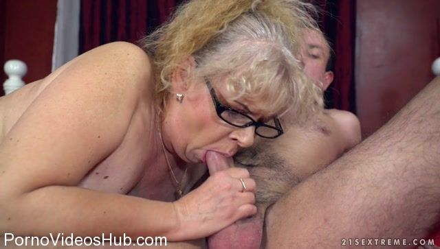 LustyGrandmas_presents_Naughty_Grannys_Sexual_Pleasures_-_28.12.2017.mp4.00006.jpg