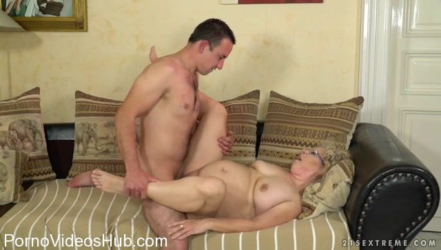 Big titty gangbang party with alexis may - 4 1