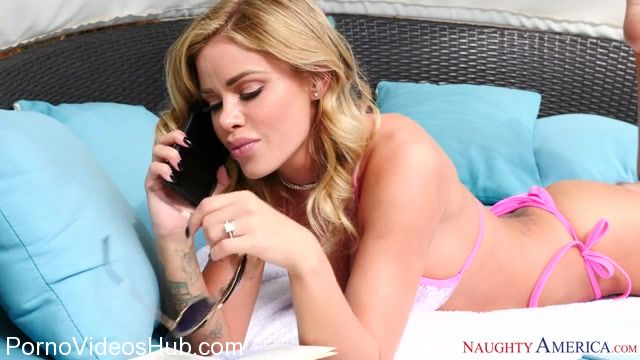 NaughtyAmerica_-_DirtyWivesClub_presents_Jessa_Rhodes_23589_-_14.12.2017.mp4.00000.jpg