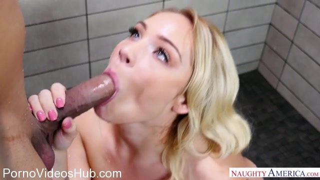 Watch Online Porn – NaughtyAmerica – MyFriendsHotGirl presents Hadley Viscara 23607 – 21.12.2017 (MP4, SD, 640×360)