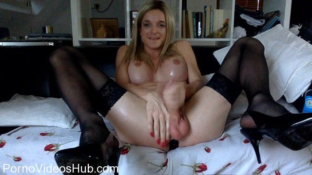 Watch Online Porn – Shemale Webcams Video for December 02, 2017 – 17 (MP4, HD, 1280×720)