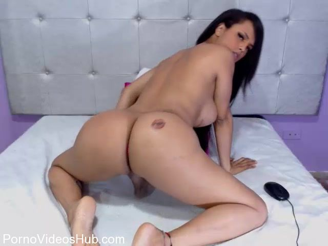 Watch Free Porno Online – Shemale Webcams Video for December 05, 2017 – 15 (MP4, SD, 640×480)