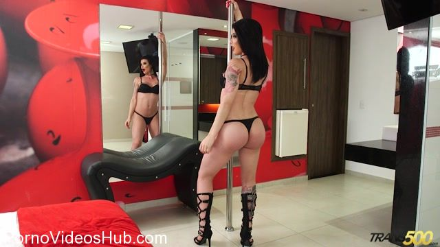 Trans500_presents_Some_Alone_Time_with_Victoria_Carvalho_-_19.12.2017.mp4.00000.jpg