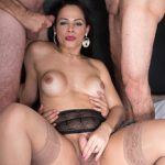 Tsraw presents Bruna Castro Bareback Gangbang – 07.12.2017