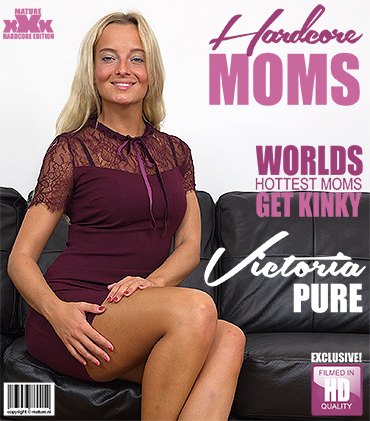 1_Mature.nl_presents_Victoria_Pure__30__in_horny_mom_Victoria_Pure_fucking_and_sucking_-_16.01.2018.jpg
