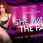 VRbtrans presents Vanessa Jhons in She Wants The Part