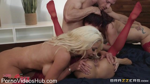 Brazzers_-_BrazzersExxtra_presents_Madison_Ivy___Monique_Alexander___Nicolette_Shea_in_1_800_Phone_Sex__Line_8_-_28.01.2018.mp4.00013.jpg
