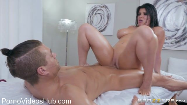 Brazzers_-_DirtyMasseur_presents_Romi_Rain_in_Wandering_Hands_-_31.01.2018.mp4.00014.jpg