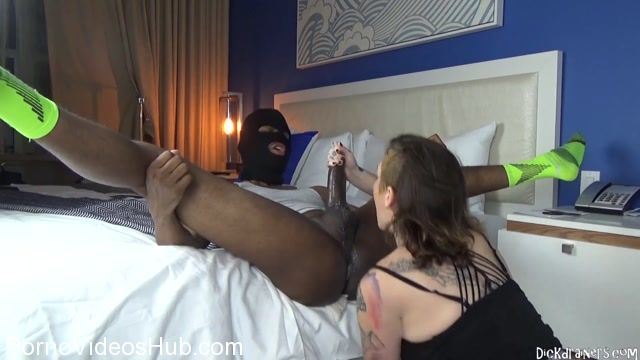Dickdrainers_presents_Sully_Savage_in_The_Ass_Eating__Deep_Throatin__SAVAGE_Late_Nite_Incall.mp4.00008.jpg