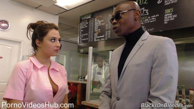 Watch Online Porn – DogFartNetwork – BlacksOnBlondes presents Elektra Rose Second Appearance – 02.01.2018 (MP4, HD, 1280×720)