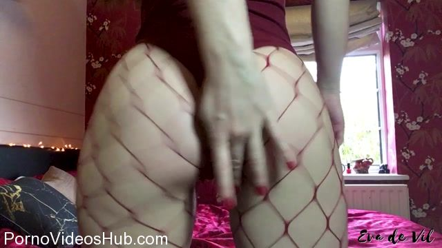 Eva_de_Vil_in_Quick_Fishnet_Ass_Worship.mp4.00008.jpg