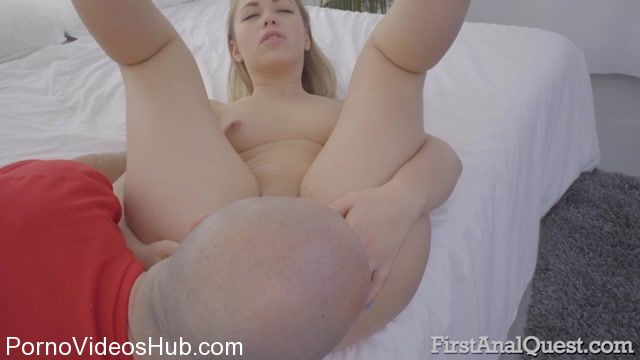 Watch Online Porn – FirstAnalQuest presents Blonde cutie Selvaggia first anal porn – 16.01.2018 (MP4, SD, 800×450)