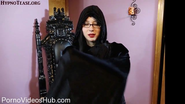 Goddess_Haylee_in_Hypn0tic_Game_for_Stroke-Slave.mp4.00010.jpg