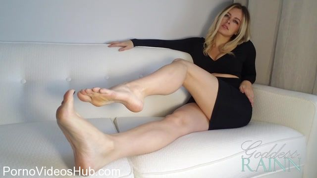 Goddess_Rainn_in_Feet_Orgasm_Denial.mp4.00000.jpg