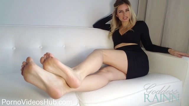 Goddess_Rainn_in_Feet_Orgasm_Denial.mp4.00009.jpg