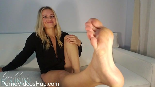Watch Online Porn – Goddess Rainn in Once a Foot Freak, Always a Foot Freak (MP4, FullHD, 1920×1080)