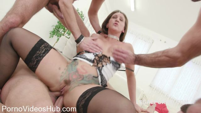 LegalPorno_presents_Monsters_of_DAP_with_Betty_Foxxx_5on1_Starting_DP_Balls_Deep_Anal_Terrific_DAP_Prolapse_Attempt_Squirting_GIO531_-_17.01.2018.mp4.00005.jpg