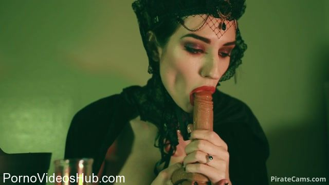 Watch Online Porn – ManyVids Webcams Video presents Girl MiaRand in Evil Queen Seeks Revenge (MP4, FullHD, 1920×1080)