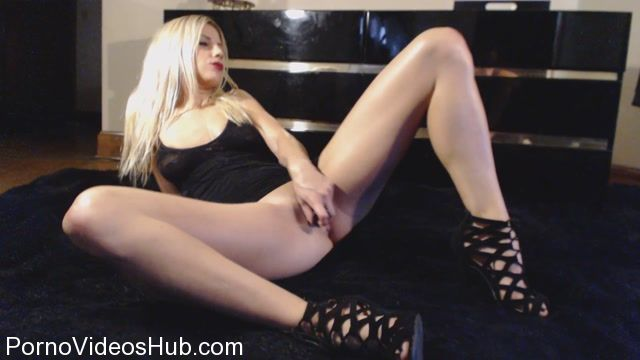 Watch Online Porn – ManyVids Webcams Video presents Girl in new squirt in dress (MP4, FullHD, 1920×1080)