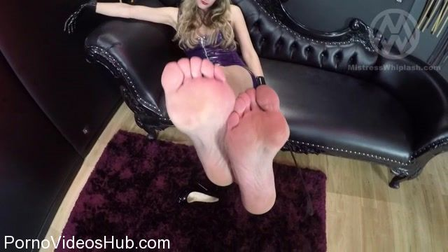 Mistress_Nikki_Whiplash_in_WL1237_POV_Footslave.mp4.00010.jpg