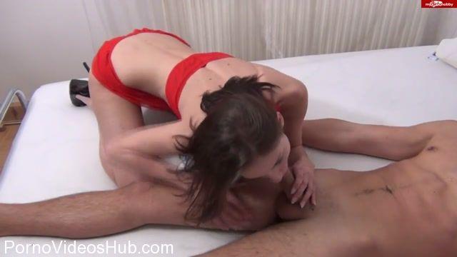 Watch Online Porn – Mydirtyhobby presents Kamikatzerl – Ist das schon Verboten – Stiefschwester ertappt und mitgefickt – Is that forbidden Caught and mitgefickt stepsister (MP4, HD, 1280×720)