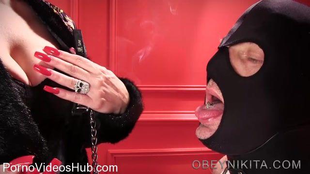 Watch Online Porn – Obeynikita presents Mistress Nikita in Piggy Eats My Butt (MP4, FullHD, 1920×1080)