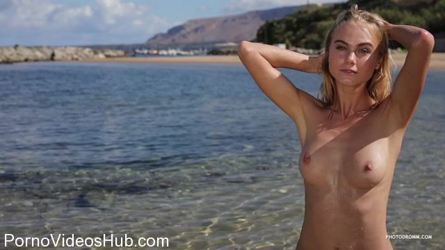Watch Online Porn – PhotoDromm presents Nancy in Island Beach 3 (MP4, HD, 1280×720)