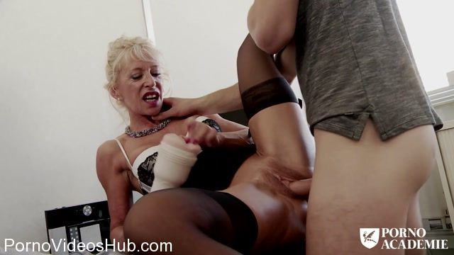 PornDoePremium_-_PornoAcademie_presents_Busty_French_mature_Marina_Beaulieu_enjoys_anal_sex_with_DP_in_threesome_-_18.01.2018.mp4.00006.jpg