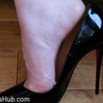 Shiny Shoejobs presents Louboutin So Kate Shoejob
