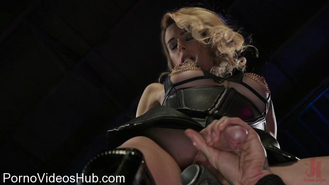 TSSeduction_presents_Casey_Kisses_Teases_and_Fucks_Submissive_Slut_Ruckus_-_23.01.2018.mp4.00004.jpg