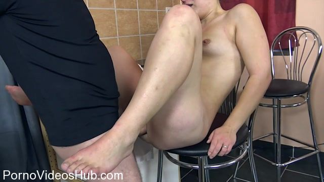 Watch Online Porn – TuttiFrutti presents NEW Perverse Teen on Pee casting – 14.01.2018 (MP4, HD, 1280×720)