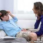 BangBros – MomIsHorny presents Helena Price in Fucking The Stepson As Punishment – 20.01.2018
