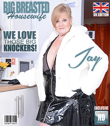 1_Mature.nl_presents_Jay__EU___54__in_big_beautiful_housewife_Jay_showing_off_her_big_tits_-_26.02.2018.jpg