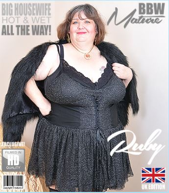 1_Mature.nl_presents_Ruby__EU___48__in_British_mature_BBW_Ruby_playing_with_herself_-_15.02.2018.JPG